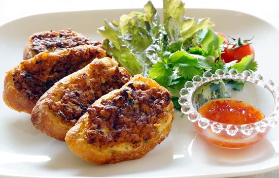 メカジキ&海老のタイ風トースト