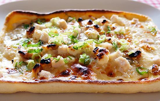 めかじきと4種のチーズピザ